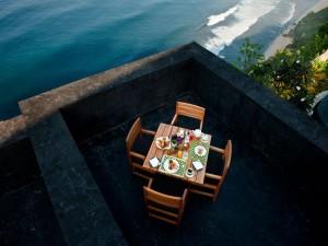 Enjoy-the-Good-Life-at-the-Exquisite-Bulgari-Bali-Resort-6